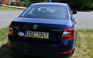 Půjčit  ŠKODA OCTAVIA II (MODRÁ BARVA)
